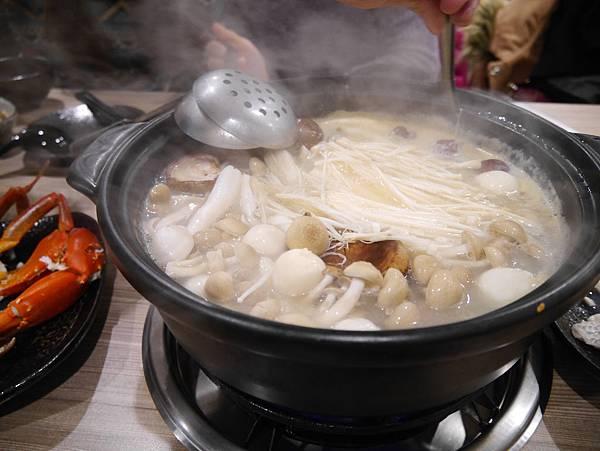 十二籃粥火鍋逸仙店 (38)