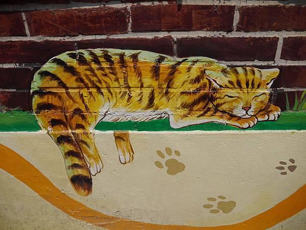 4雲林頂溪貓彩繪村 屋頂上的貓 (8)