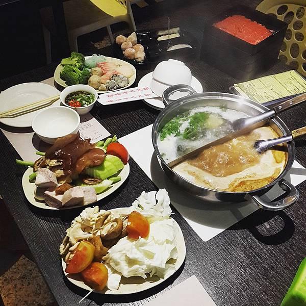 馥臨港式火鍋 通化店 (3)