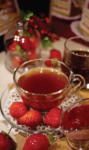 好茶 內科飲料外送 草莓紅茶 (5)