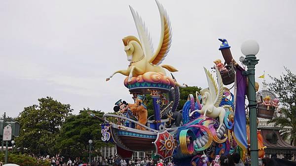 伊克斯皮兒莉IKSPIARI DISNEY STORE Tokyo DisneyLand東京迪士尼度假區35週年慶Happiest Celebration (100).JPG