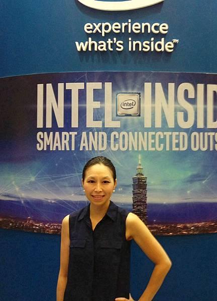 Intel show2.jpg