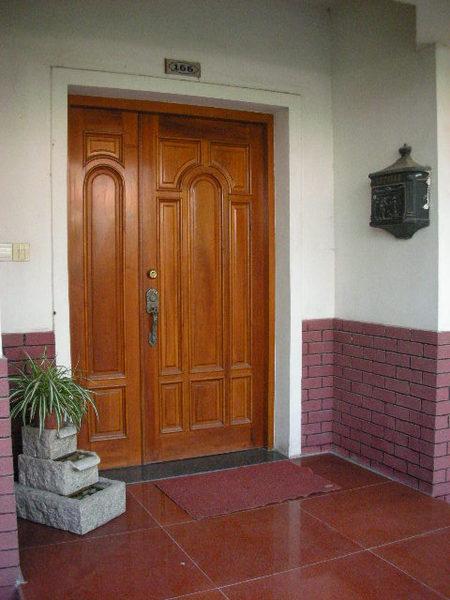 大門入口處