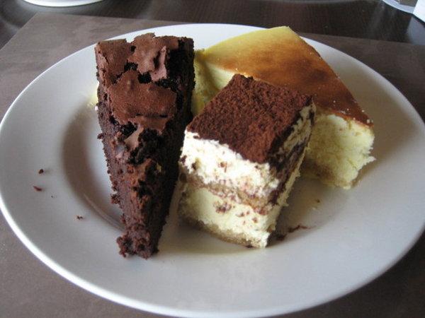 蛋糕蛋糕~你為什麼這麼好吃?