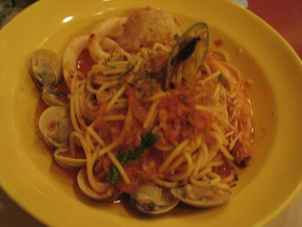 威尼斯─蕃茄海鮮義大利麵