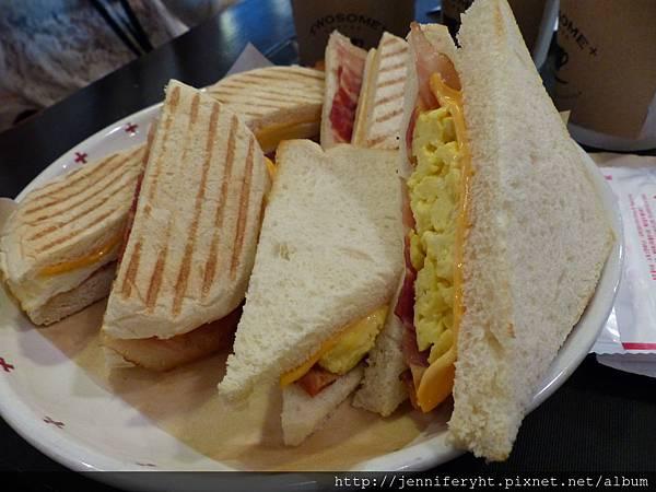 帕里尼和三明治