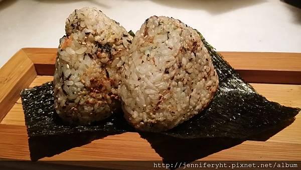 單點-鮭魚飯糰