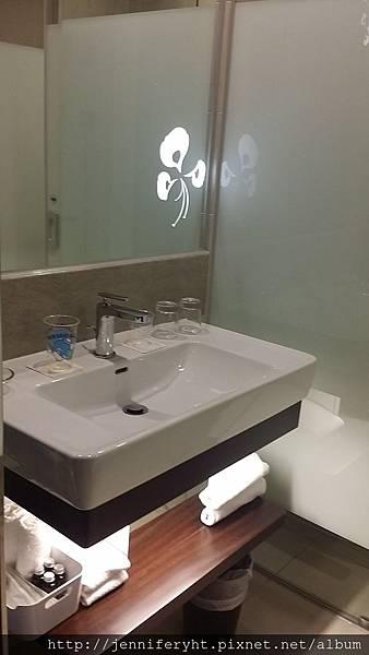 二月份住宿-標準客房 浴室