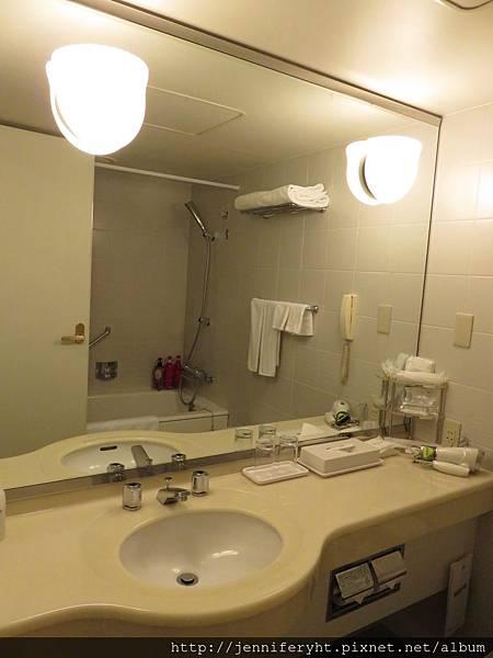東武飯店房間內部-廁所