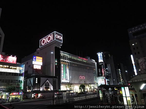 錦糸町站附近的0101百貨