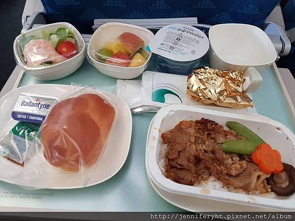 北海道→首爾機上餐