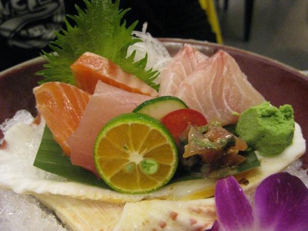 八煙-生魚片懷石料理