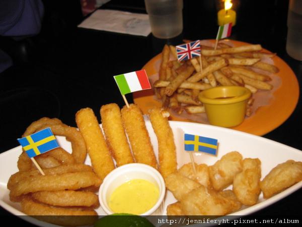 炸薯條、起司條、炸魚塊、洋蔥圈