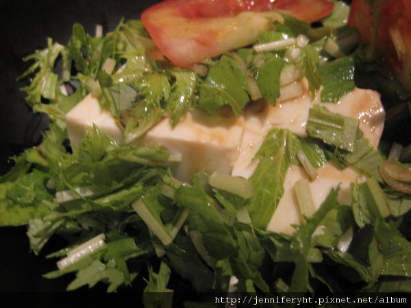 原來這是豆腐沙拉