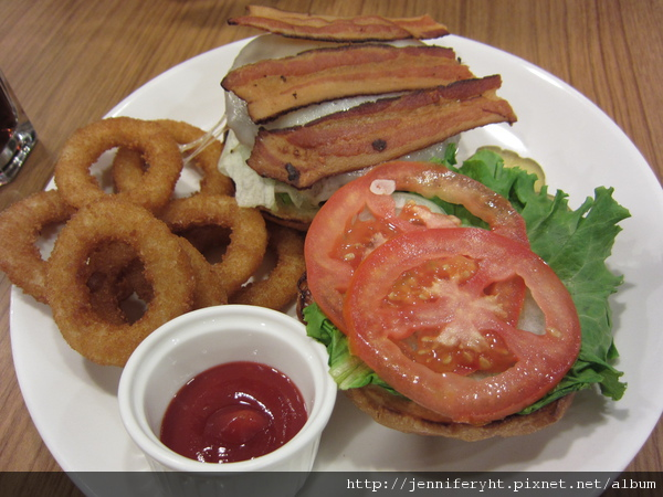 牛肉培根起司漢堡