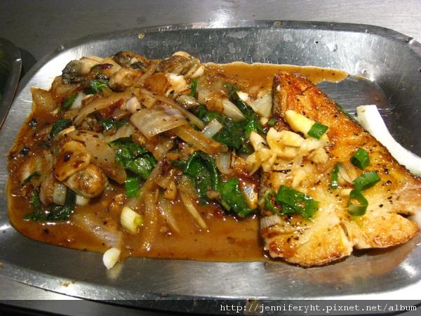香連鐵板燒-鱈魚和青蚵