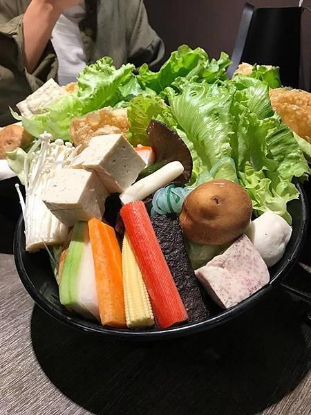 養鍋滿滿蔬菜維生素C