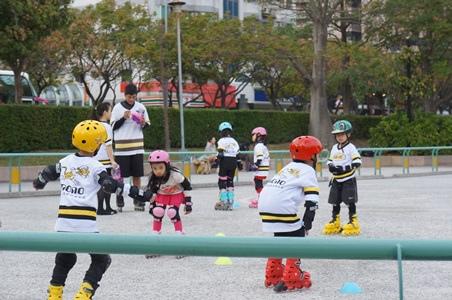 寧買新溜冰鞋5.JPG