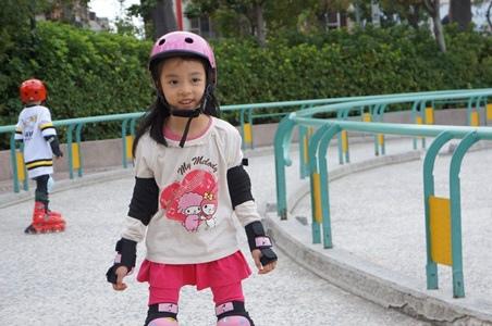 寧買新溜冰鞋9.JPG