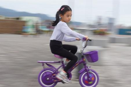 大佳騎腳踏車溜冰38