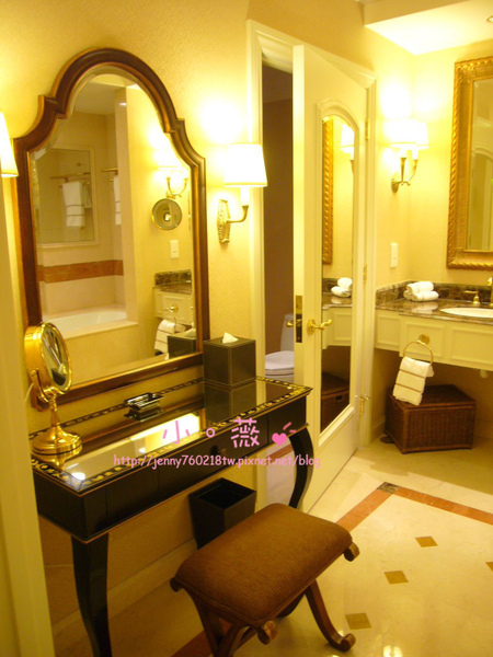 酒店的浴室