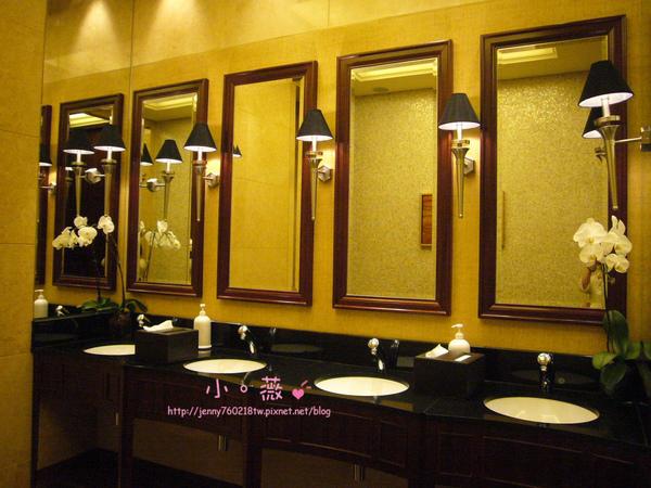 連廁所都很漂亮