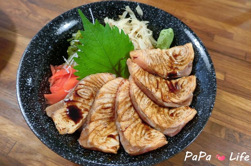 炙燒鮭魚丼.JPG
