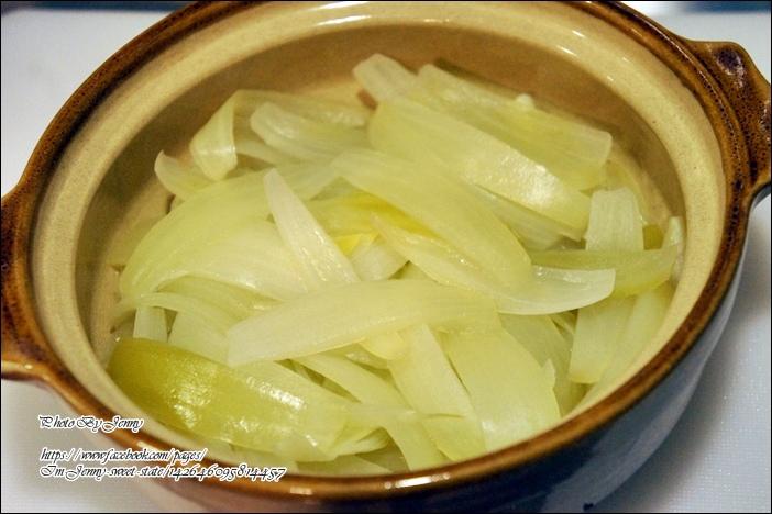 蒸洋蔥湯4