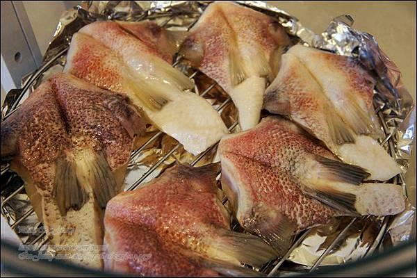 烤鯛魚下巴2