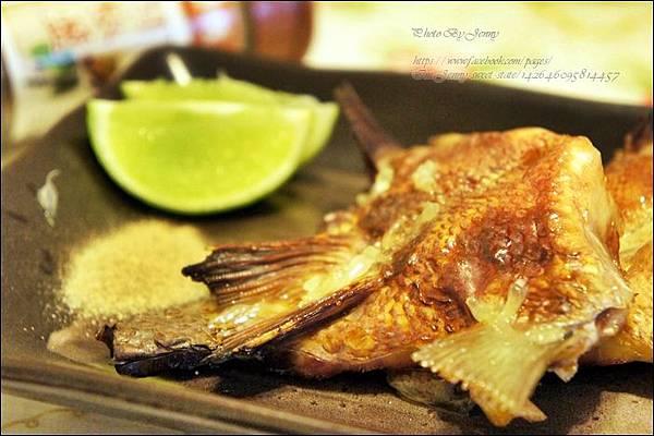 烤鯛魚下巴4