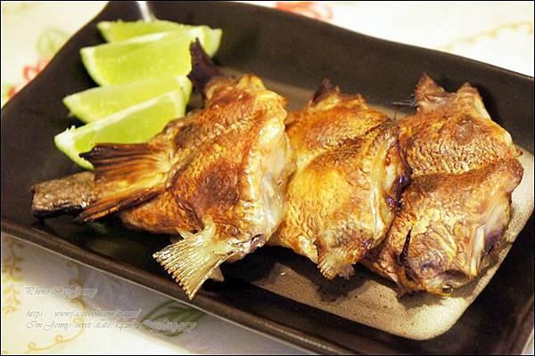 烤鯛魚下巴3