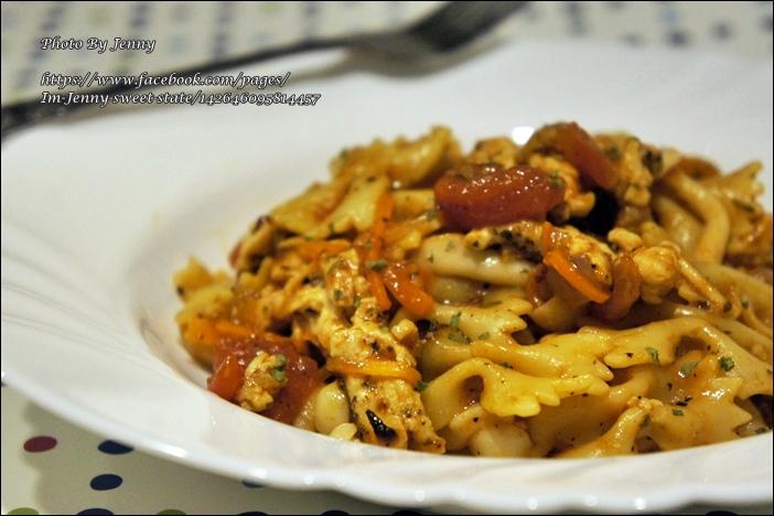 番茄雞肉蝴蝶麵3