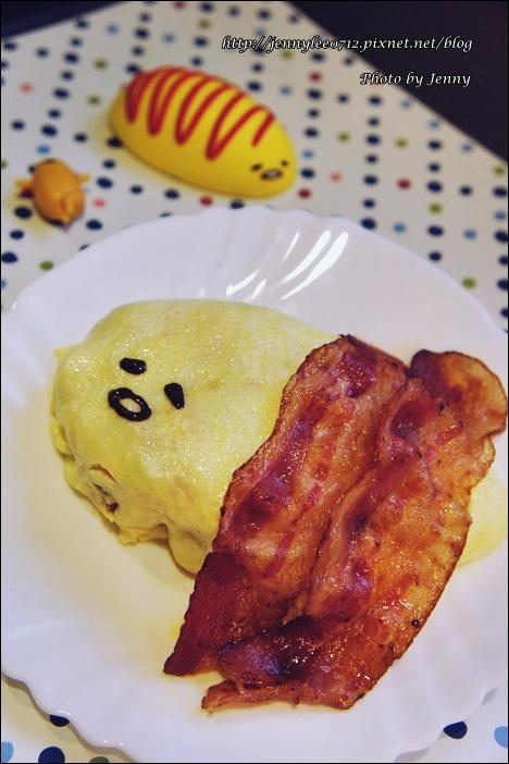 蛋黃哥蛋包飯4