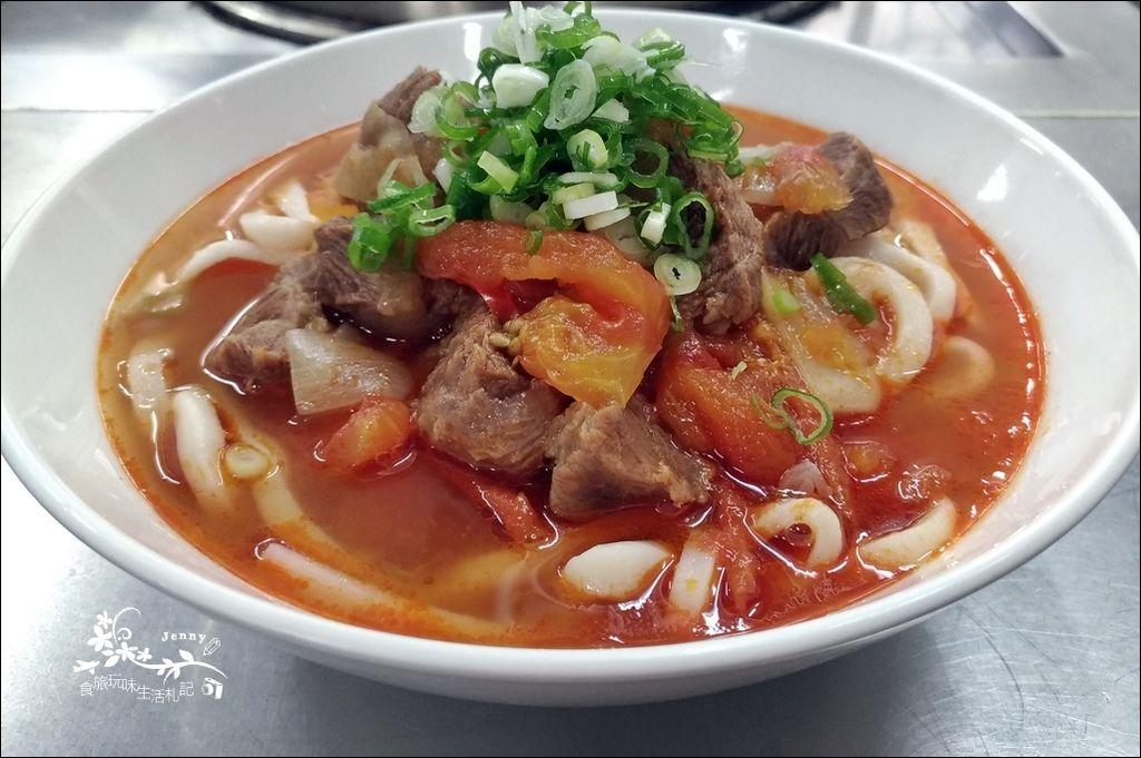 番茄牛肉麵1
