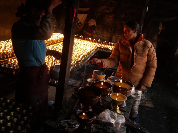 藥王山-酥油燈