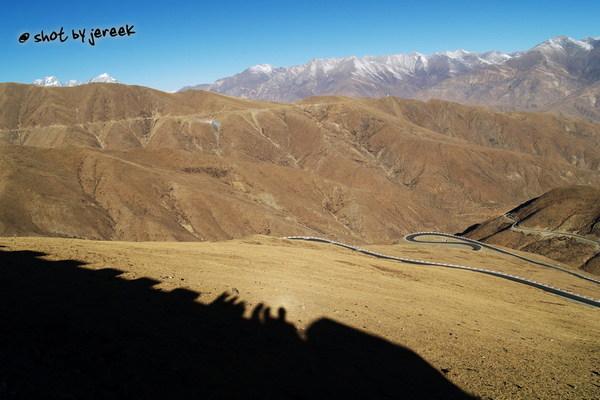 都上4990公尺的路上