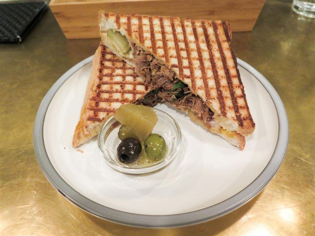 [食記][台北市] Toasteria Cafe 吐司利亞 敦南店
