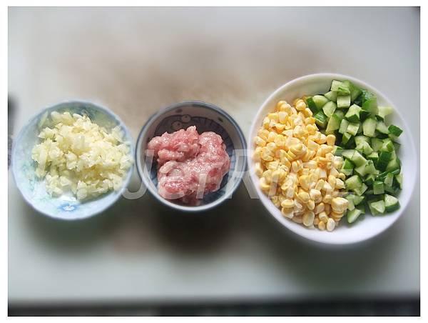 玉米絞肉材料.jpg