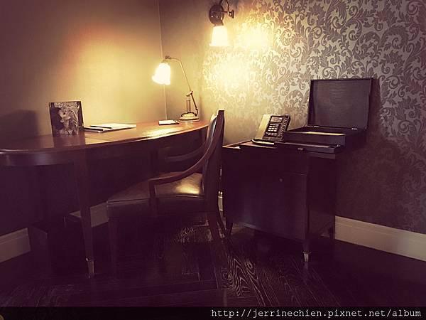 MUSE HOTEL-ROOM (5).JPG