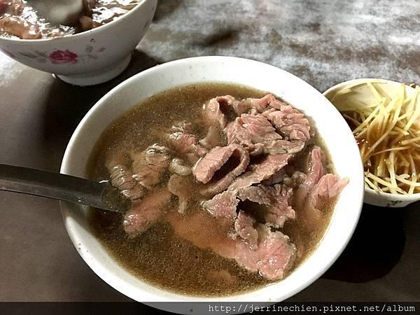 20160103台南六千牛肉湯 (11).JPG