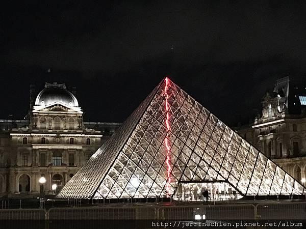20160211-9夜遊巴黎 (3).JPG