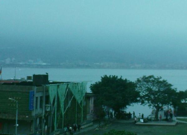 高處看淡水河