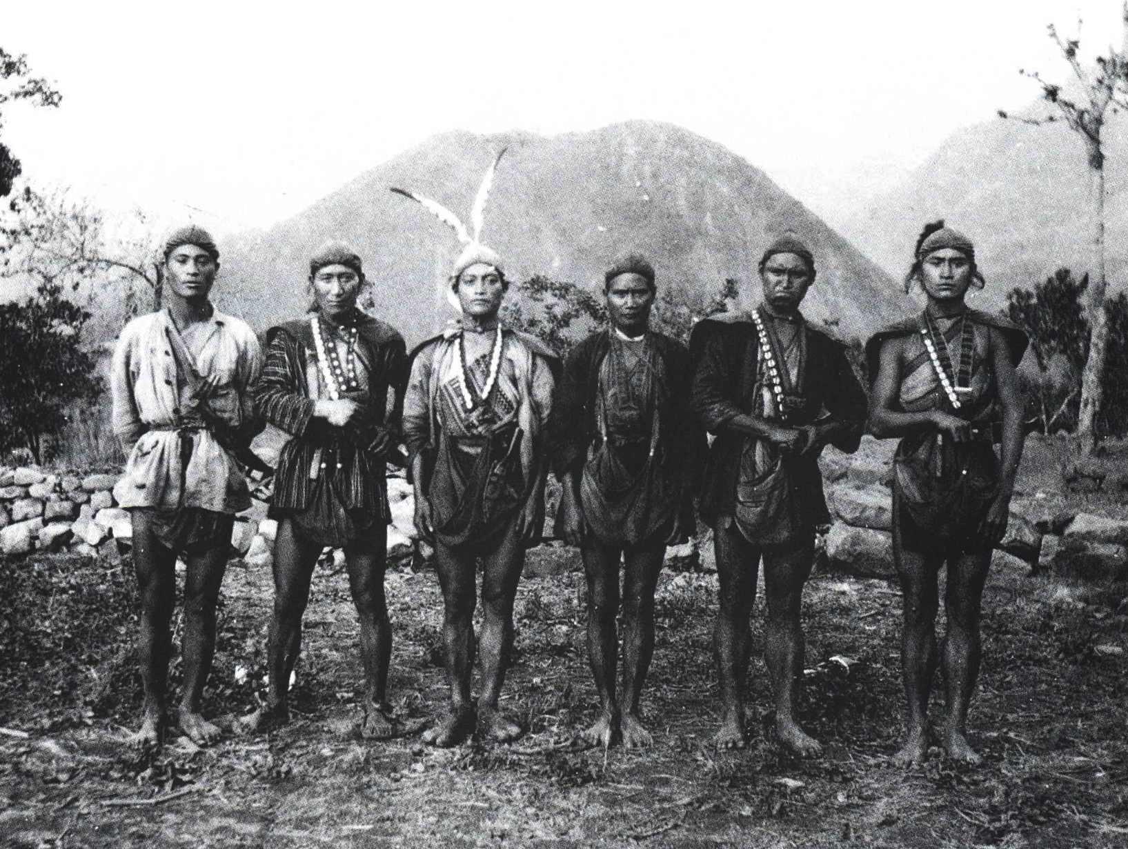 夾縫中的鄒族獵人