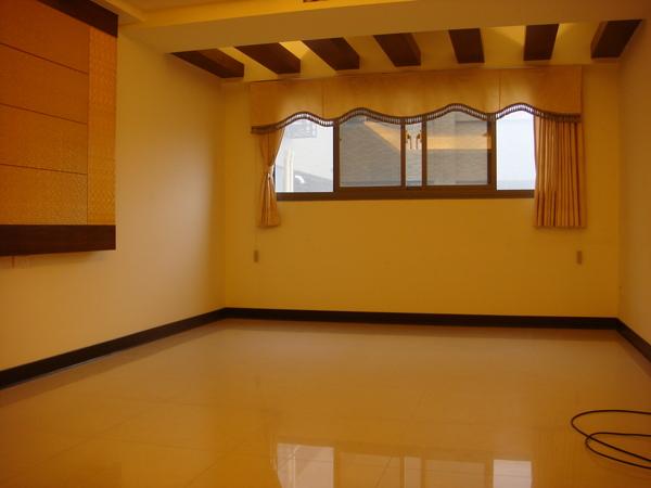 原本的客廳2.JPG