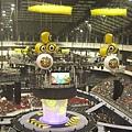 這次的舞台是圓形的滾石標誌