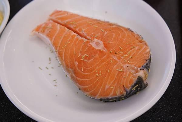 20160328_開箱-櫻花鍋-蘋果鬆餅-香菇牛肉丸-香煎鮭魚 253-a.JPG