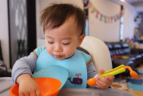 20160329_開箱-櫻花鍋-南瓜雞肉燉飯-全麥地瓜煎餅-鮭魚炒飯-地瓜磨牙餅 038-a.JPG