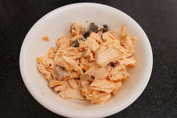 20160329_開箱-櫻花鍋-南瓜雞肉燉飯-全麥地瓜煎餅-鮭魚炒飯-地瓜磨牙餅 161-a.JPG