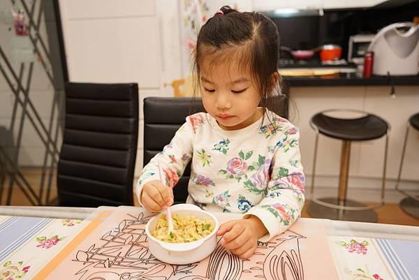 20160329_開箱-櫻花鍋-南瓜雞肉燉飯-全麥地瓜煎餅-鮭魚炒飯-地瓜磨牙餅 190-a.JPG