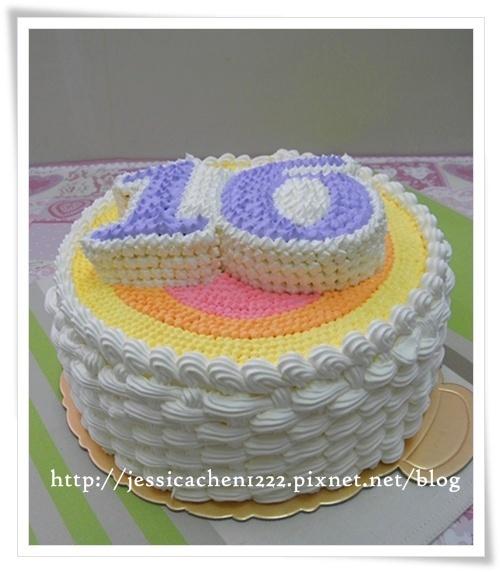 16歲生日蛋糕的側邊